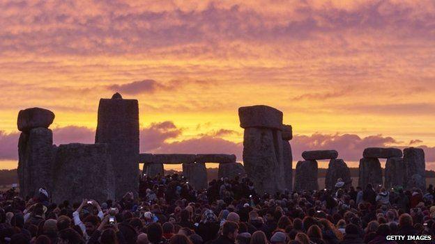 summer-solstice-stonehenge-sargam-mishra