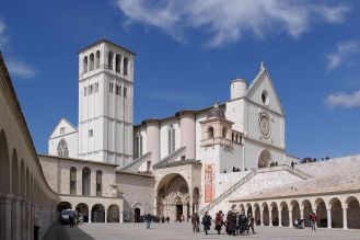 1200px-Assisi_San_Francesco_BW_2