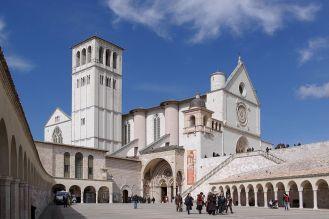 1200px-Assisi_San_Francesco_BW_2