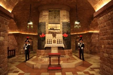 Tomba-restored_St-Francesco