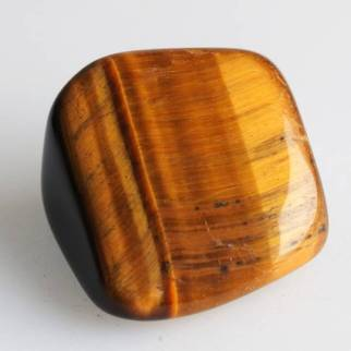 Tigers-Eye-Tumbled-Tigers-Eye-Meaning-Elune-Blue